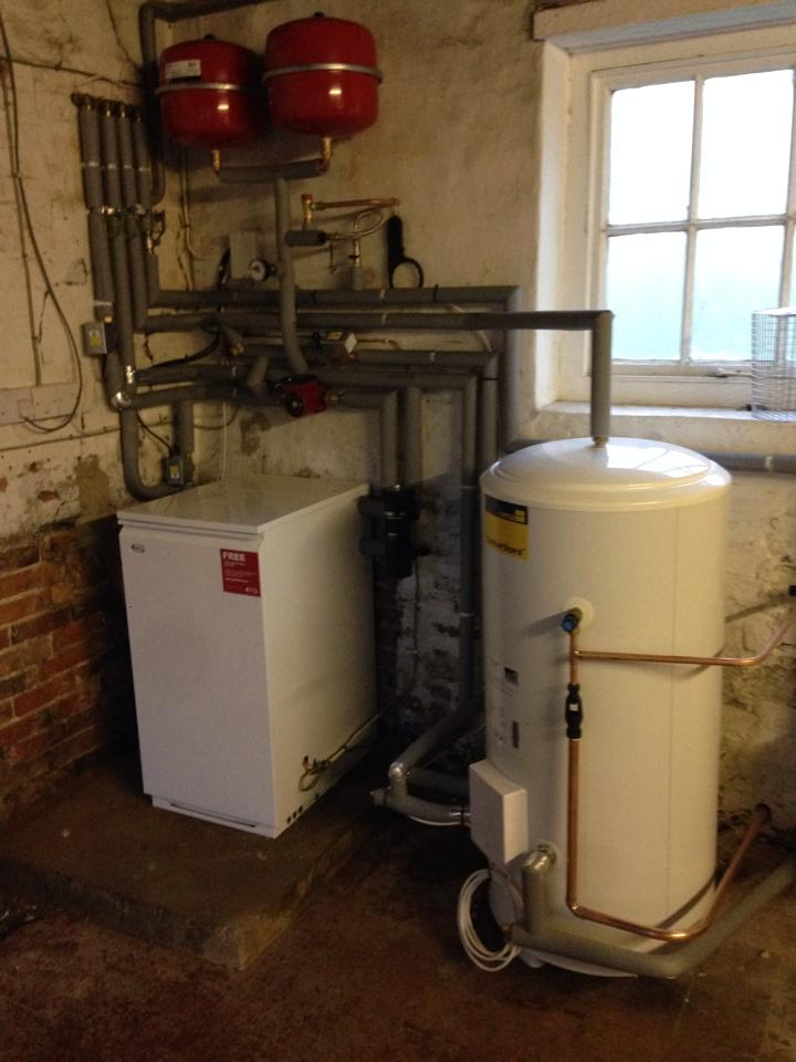 Heat Only Boiler & Unvented Cylinder - Mark Wood Heating Mark Wood ...